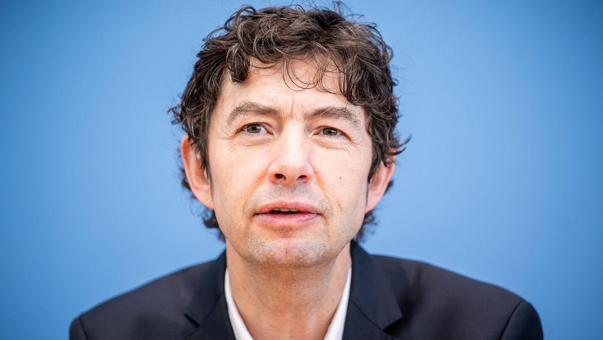 """Christian Drosten hielt am Literaturarchiv Marbach die """"Schillerrede"""""""