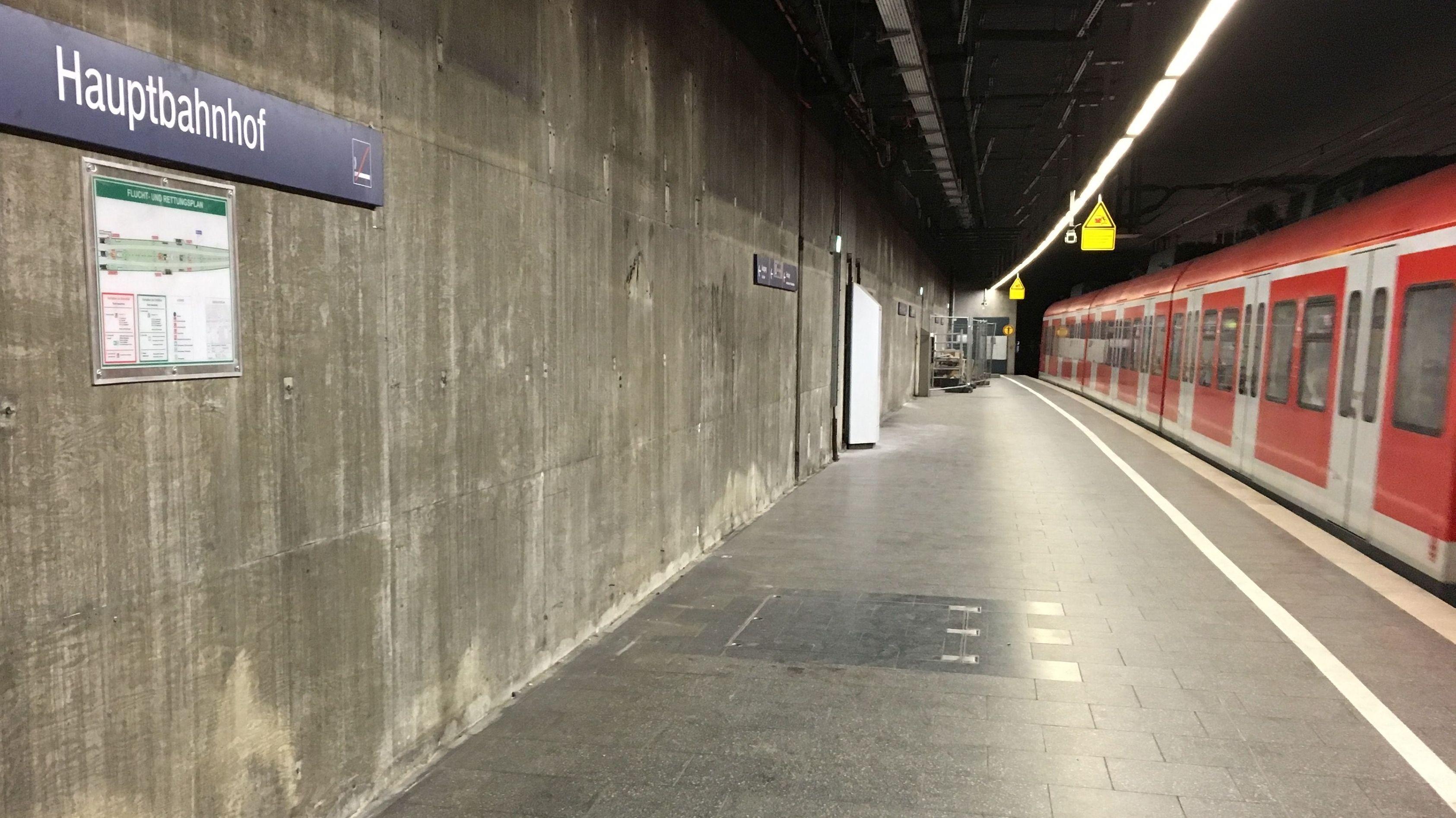 Die Renovierung der S-Bahn-Stammstrecke in München schreitet voran - der neue Putz fehlt noch