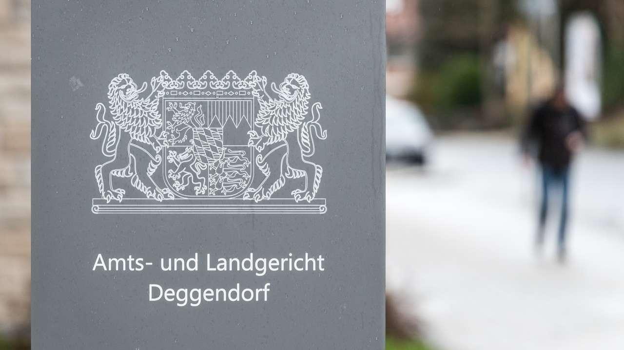 Heute beginnt der Prozess gegen einen 22-jährigen Syrer vor dem Landgericht Deggendorf.