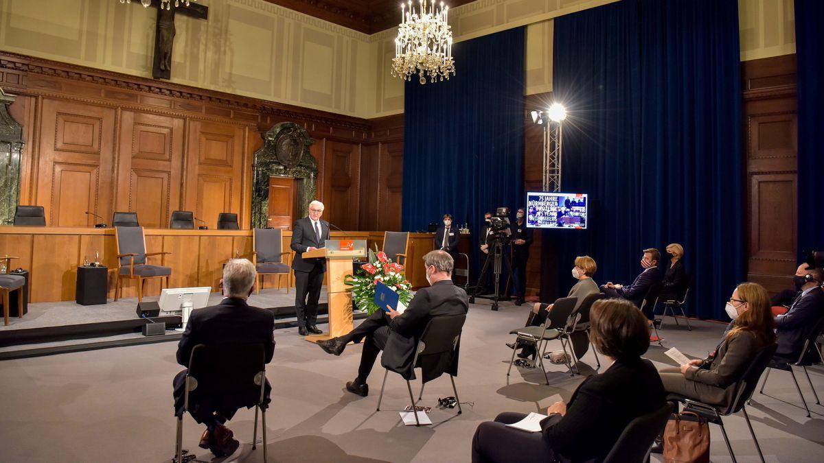 Festakt im Saal 600 des Nürnberger Justizpalastes