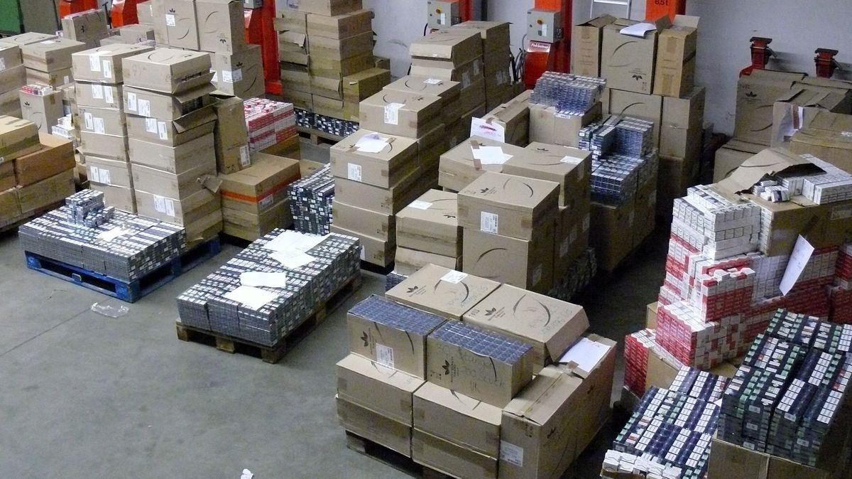 Auf 21 Paletten war die Schmuggelware verpackt.