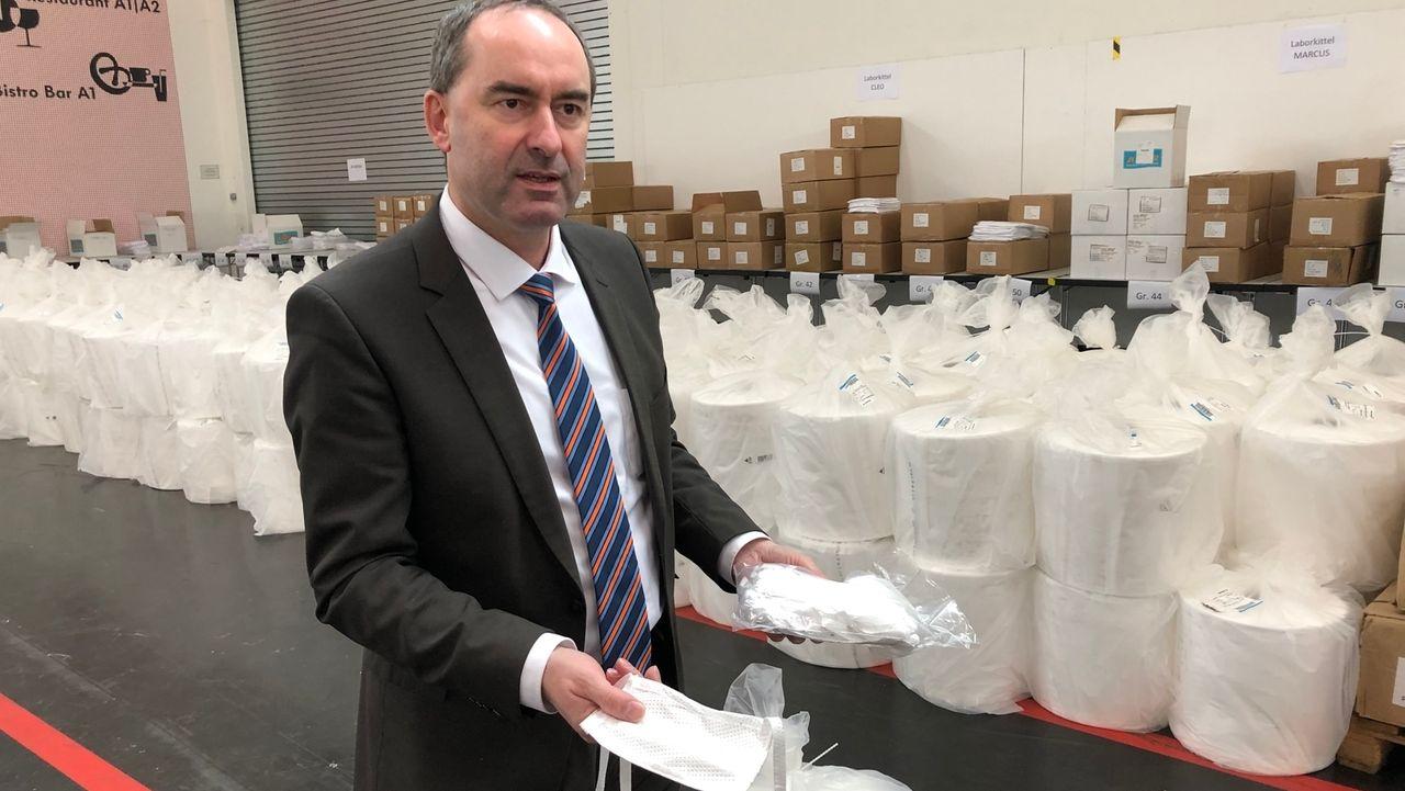 Wirtschaftsminister Aiwanger prüft Masken