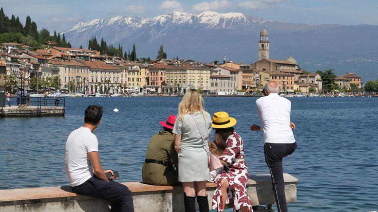 Urlauber in Italien | Bild:picture alliance / ANSA | FILIPPO VENEZIA