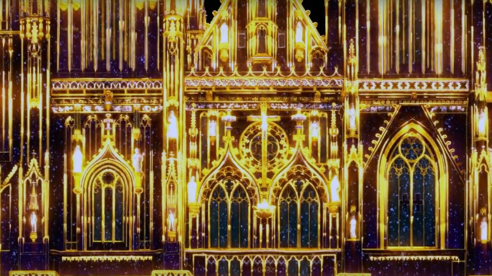 """Die Lichtshow der französischen Eventkünstlertruppe """"Spectaculaires"""" nutzt die Westfassade des Doms als Projektionsfläche."""