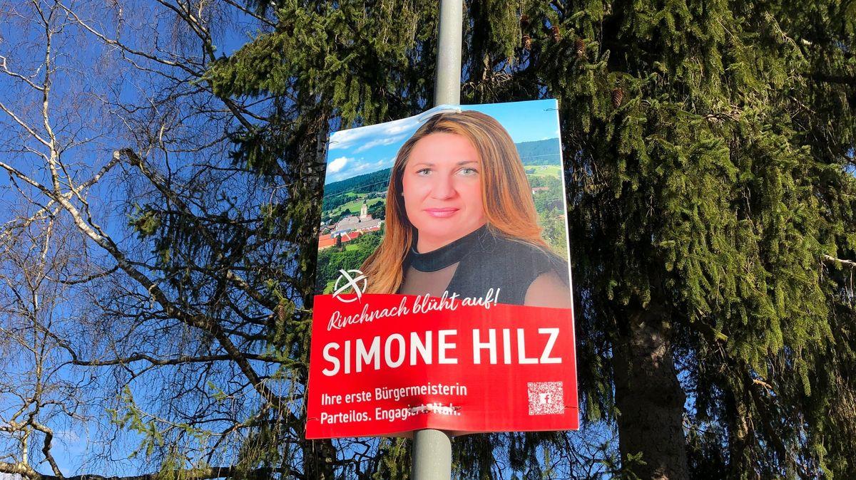 Ein Wahlplakat von Simone Hilz (SPD-parteilos)