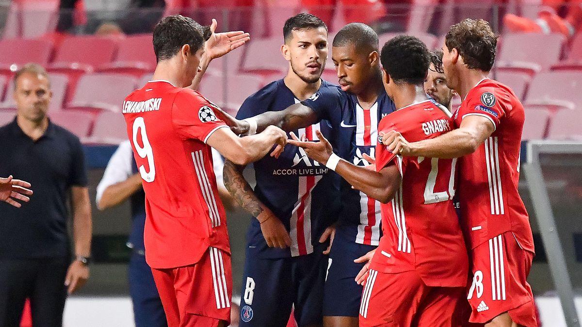 52. Minute: Es wird hitzig, Rudelbildung nach einem Foul von Serge Gnabry an Neymar.