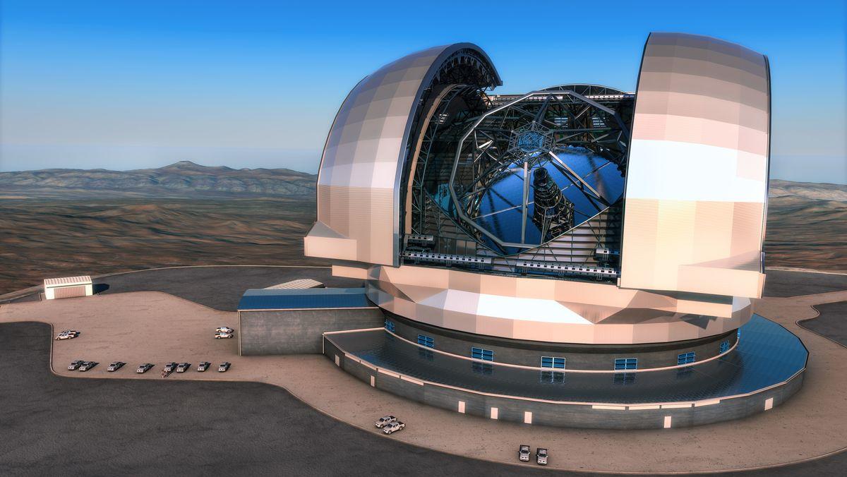 Modell des Extremely Large Telescope (ELT) am Paranal in der Atacama-Wüste