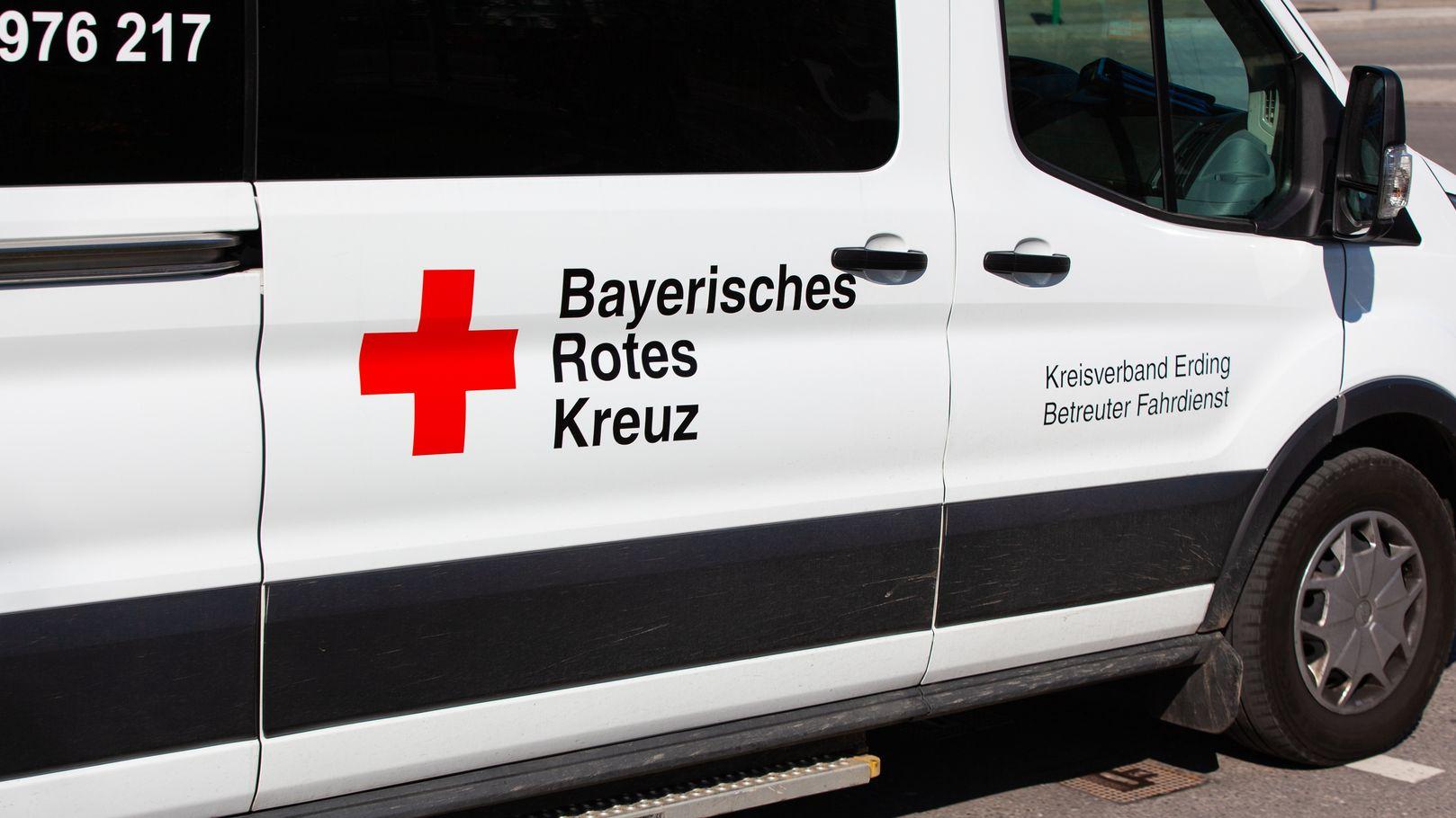 Zwölf Fahrzeuge des Bayerischen Roten Kreuzes sind für den Einsatz mit hochinfektiösen Patienten spezialisiert.