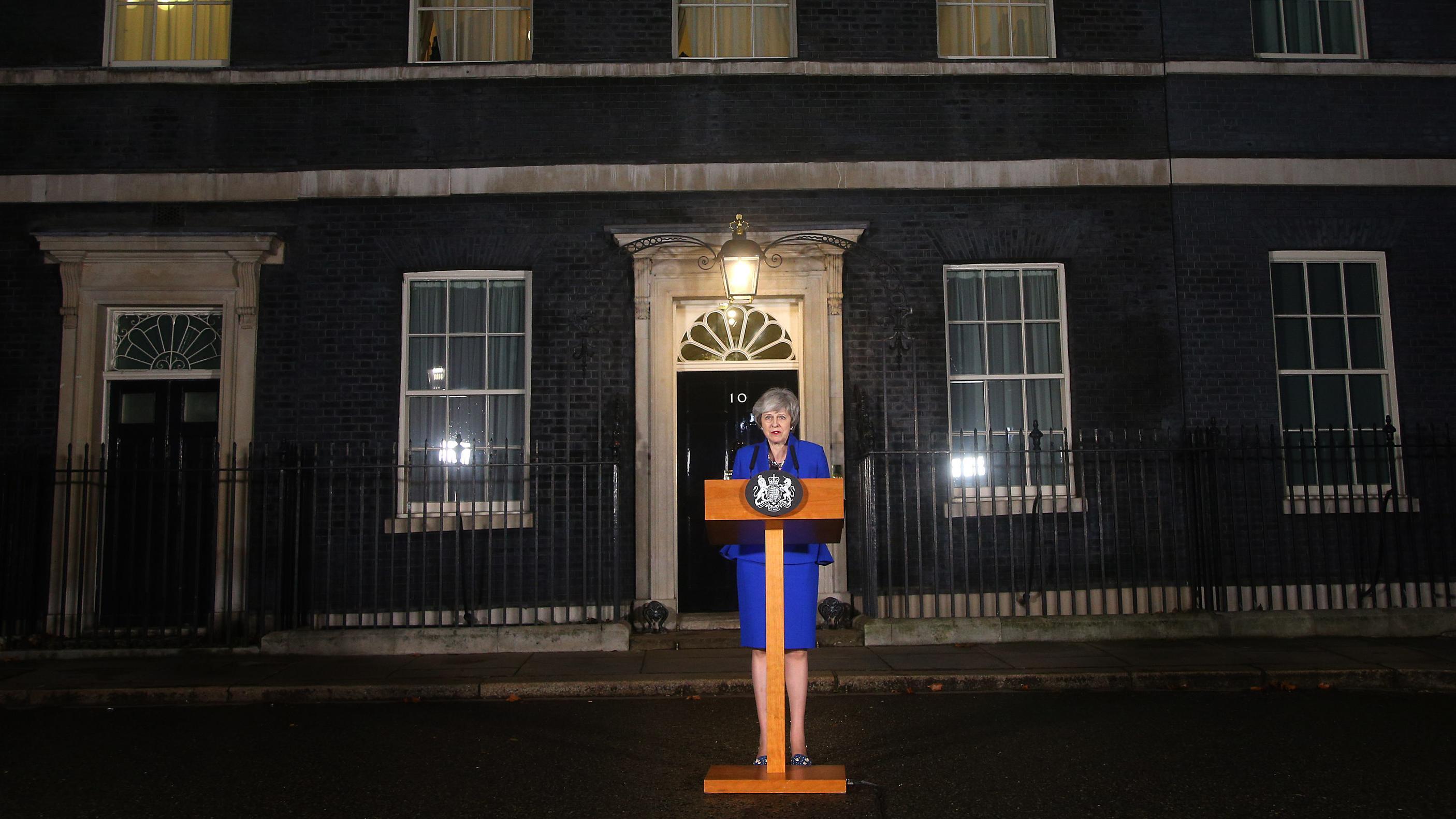 Theresa Mays nächtliches Presse-Statement nach ihrem Krisentreffen mit Oppositionsvertretern
