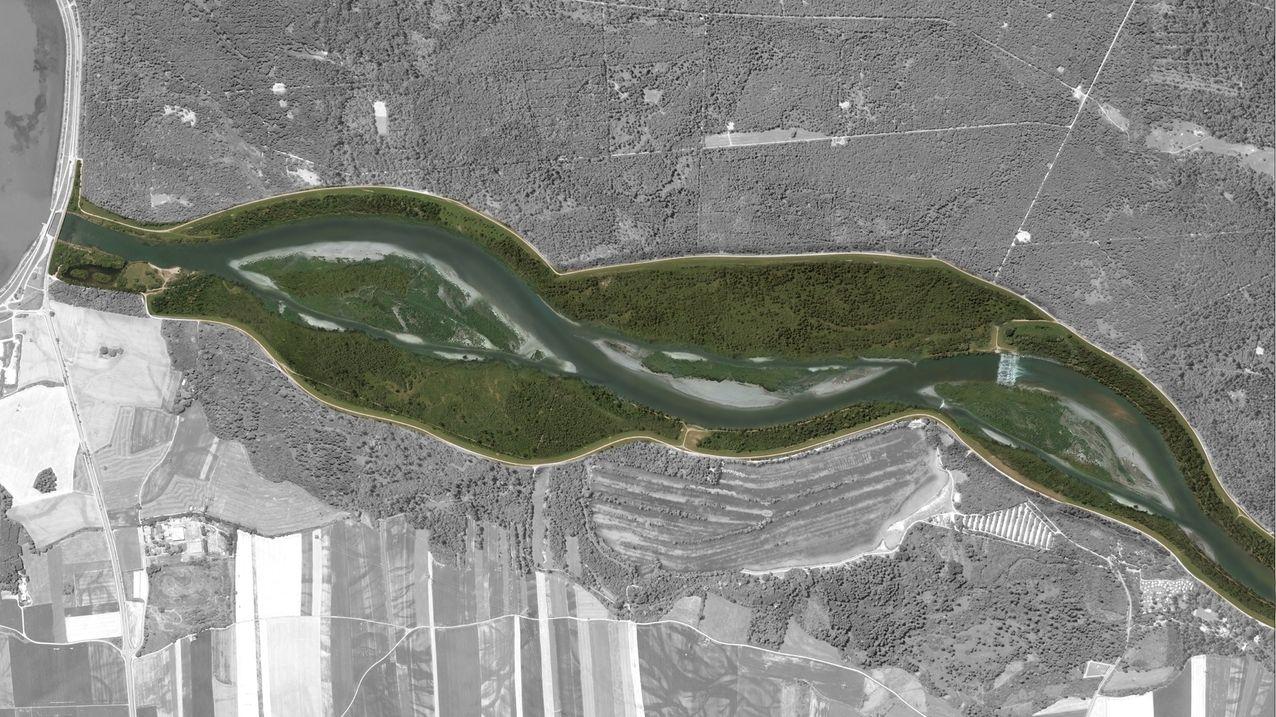 """Luftbild des Lechs, eingezeichnet sind die Vorhaben des Projekts """"Licca Liber"""""""