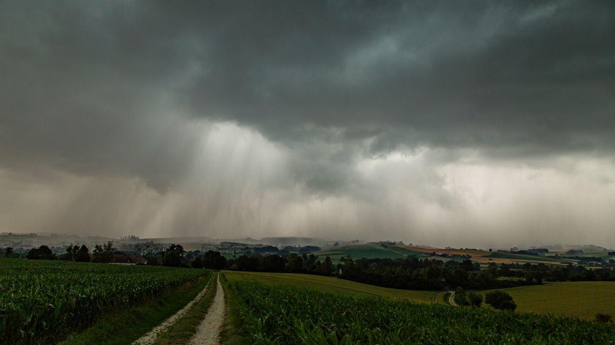 Unwetter am Donnerstagabend über Bad Birnbach im Kreis Rottal-Inn