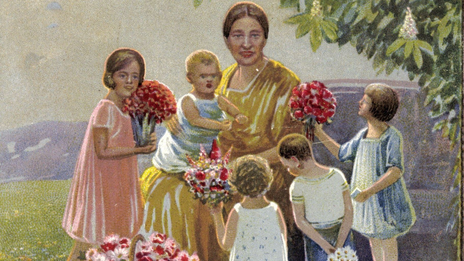 Historische Karte mit einer Mutter und mehreren Kindern mit Blumensträußen