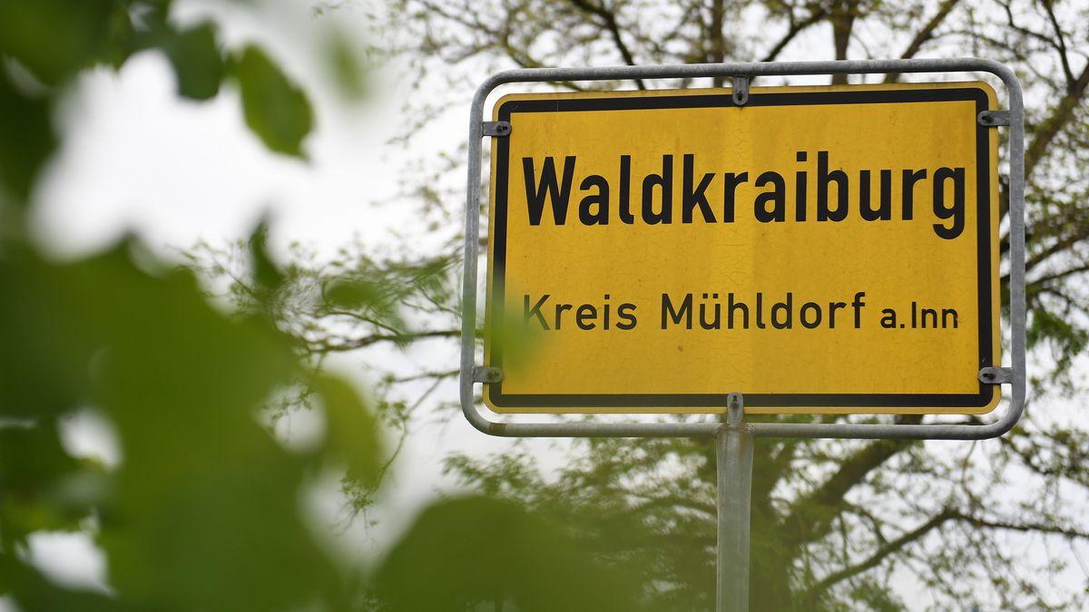 Ortsschild Waldkraiburg