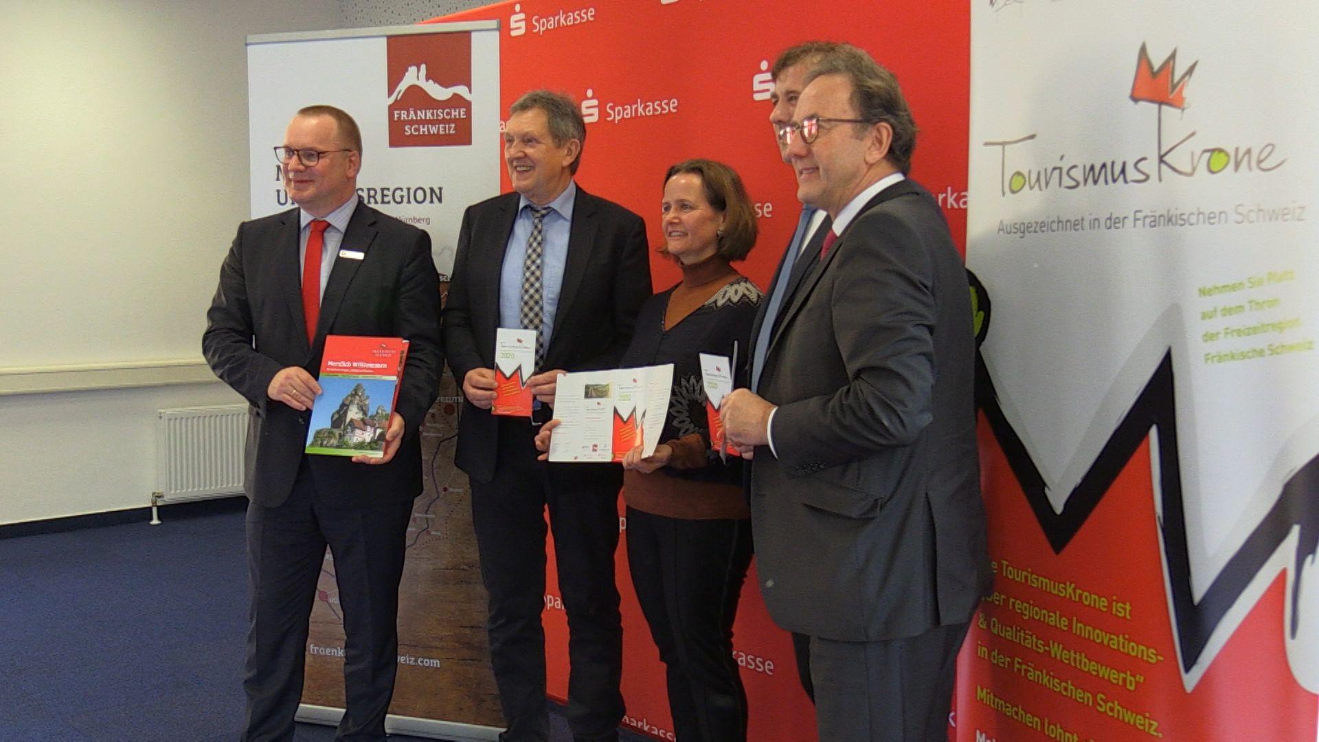 """Die Tourismuszentrale Fränkische Schweiz vergibt die """"Tourismuskrone"""""""