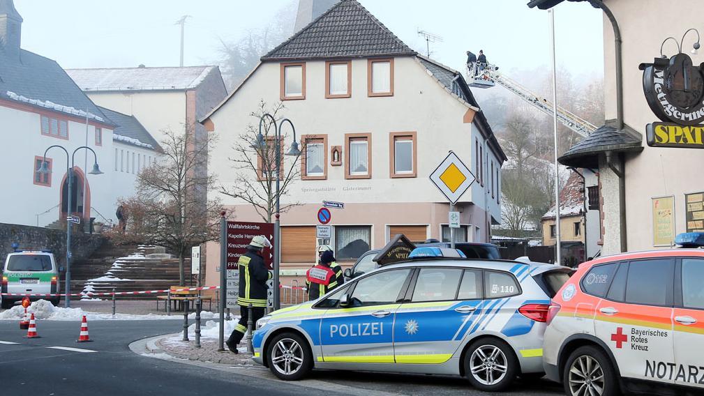 Ein Asylbewerber flüchtet sich in Hessenthal aufs Dach