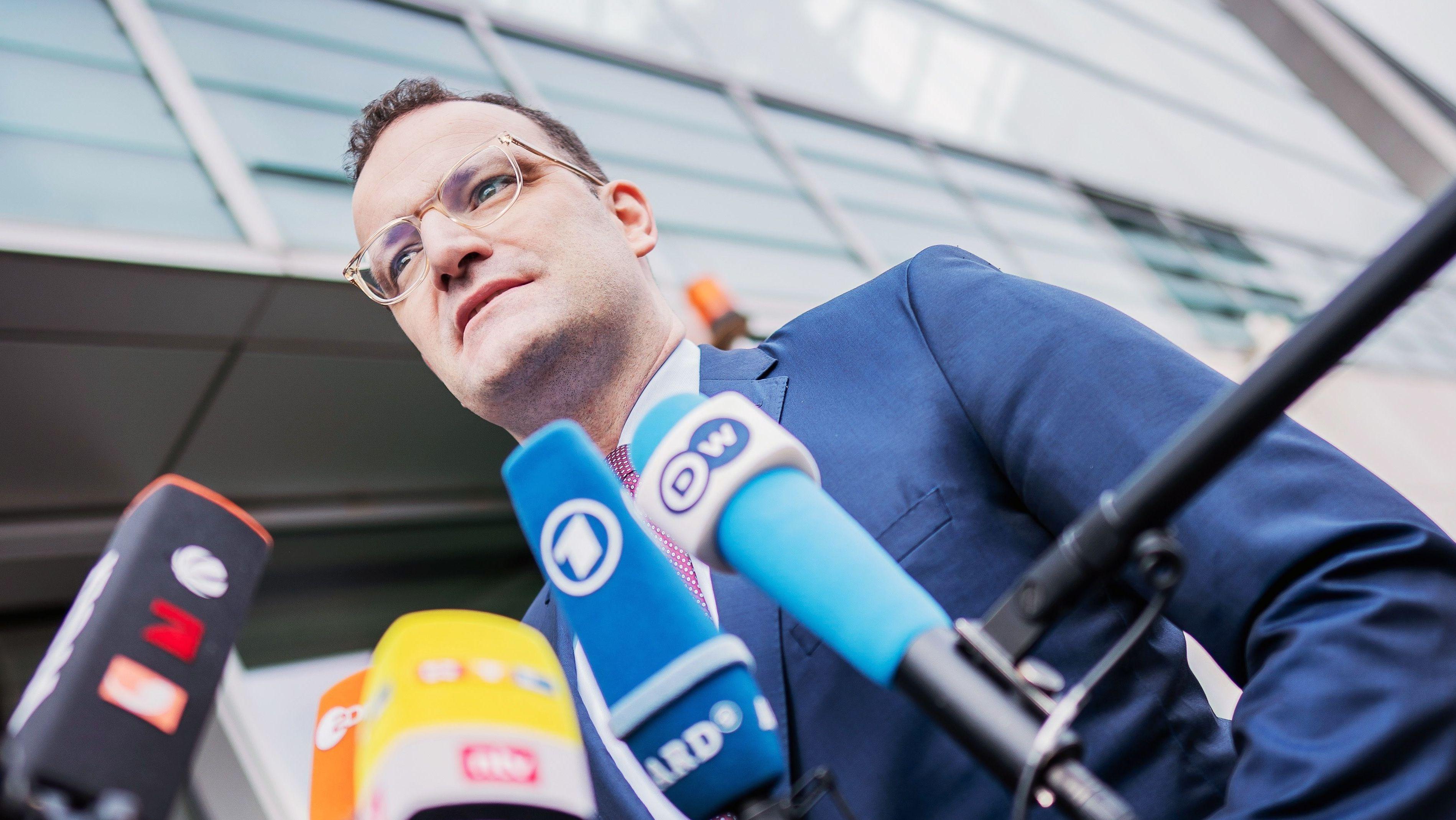Jens Spahn, stellvertretender Bundesvorsitzender der CDU, kommt zu den Sitzungen der CDU-Gremien am Konrad-Adenauer Haus an
