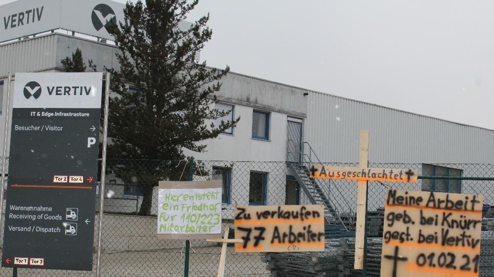 Streik der Beschäftigten der Firma Vertiv Integrated Solutions in Arnstorf
