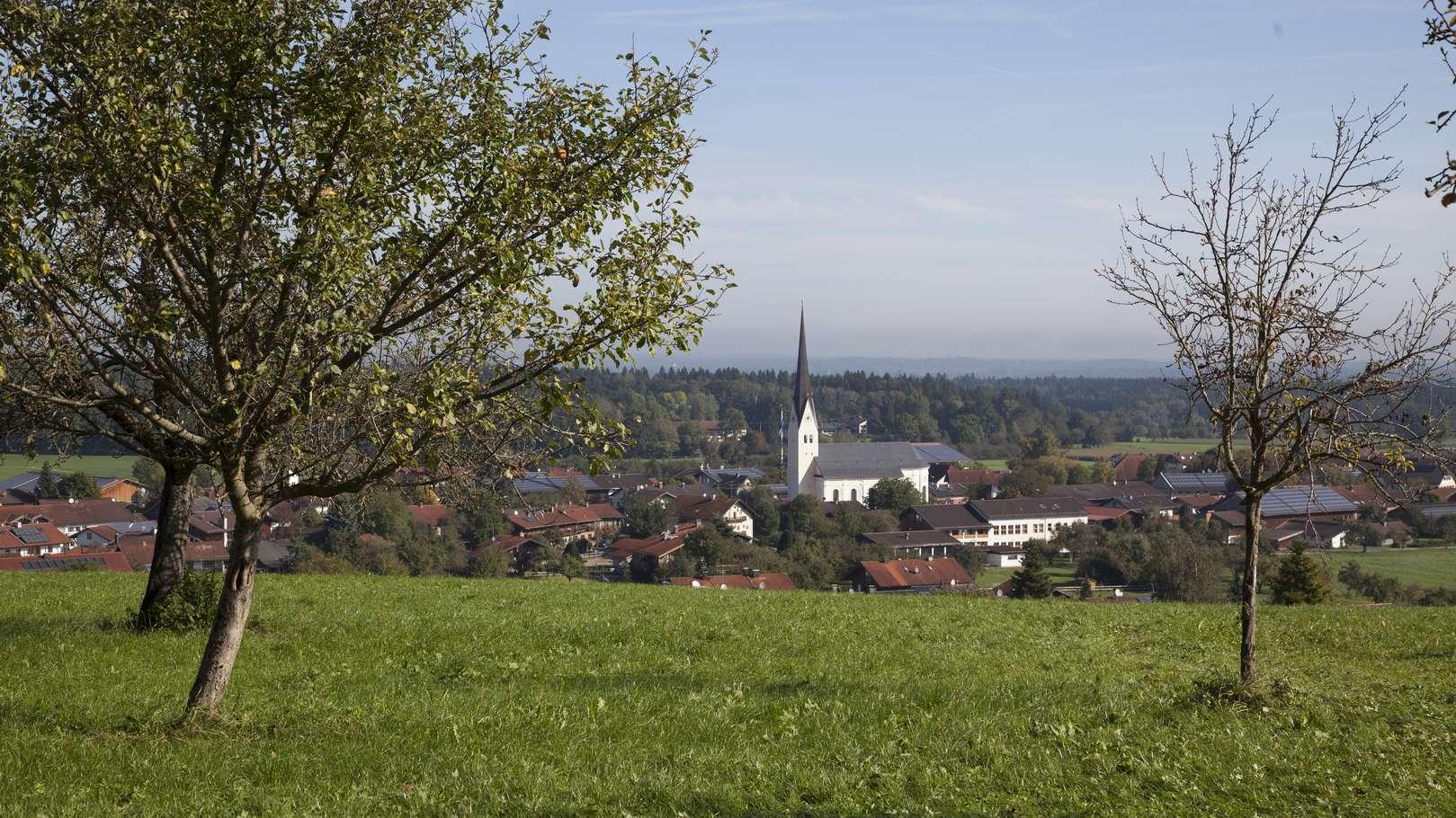 Das Dorf Au bei Bad Aibling in Oberbayern