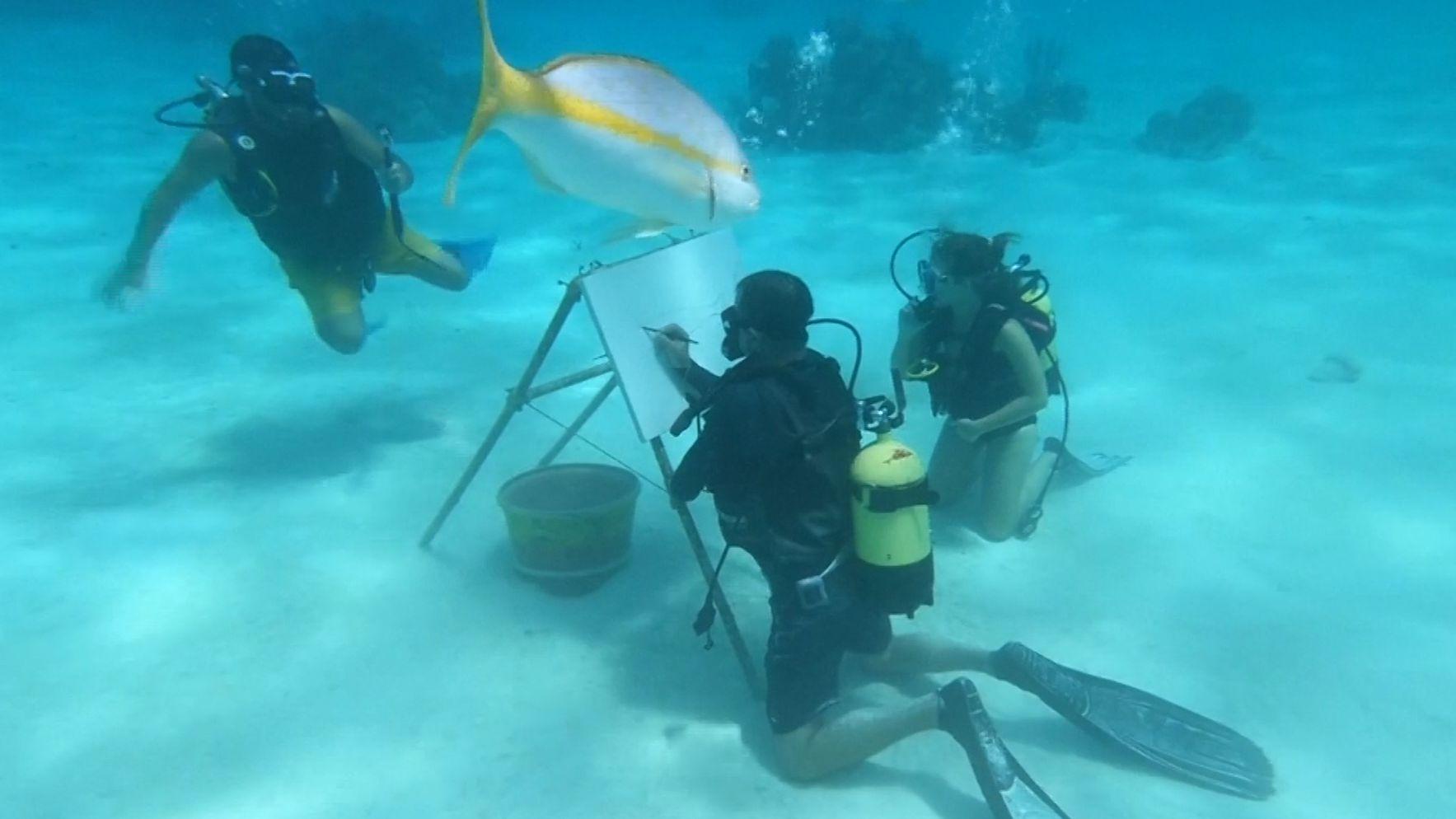 Unterwasserkünstler auf Kuba