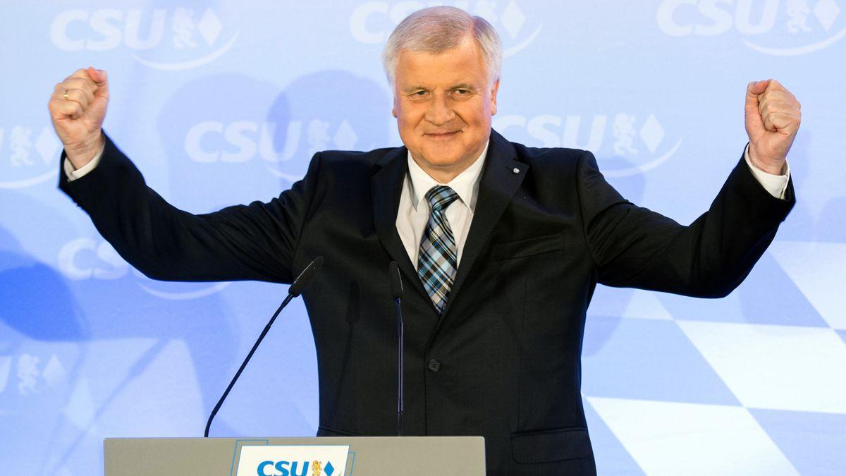 2013: CSU-Chef und Ministerpräsident Horst Seehofer am Abend der Landtagswahl, bei der die CSU mit 47,7 Prozent die absolute Mehrheit erzielte.