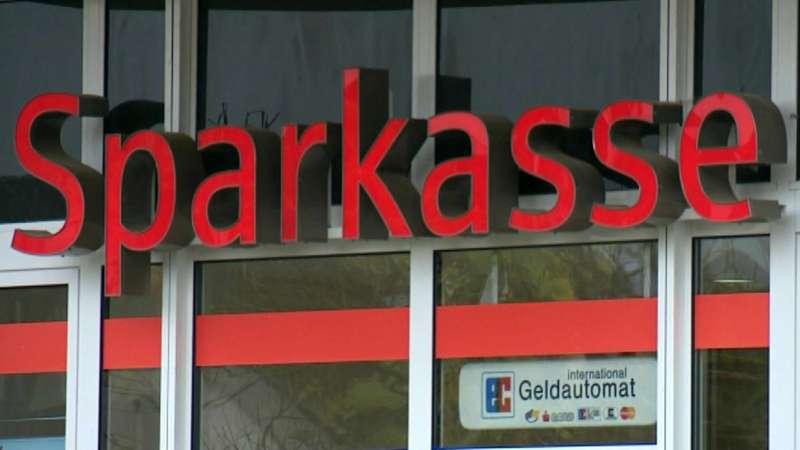 Sparkasse Ansbach Schliesst 16 Filialen In Der Region Br24