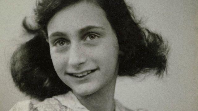 Passfoto von Anne Frank