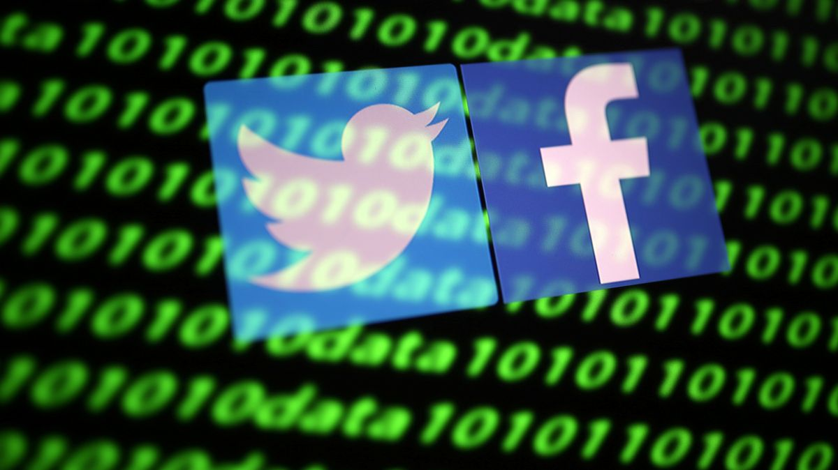 Die Logos von Facebook und Twitter