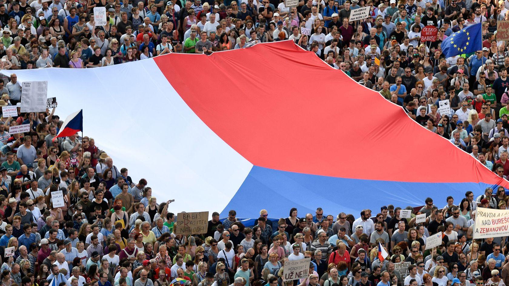 Demonstration gegen Andrej Babis in Prag