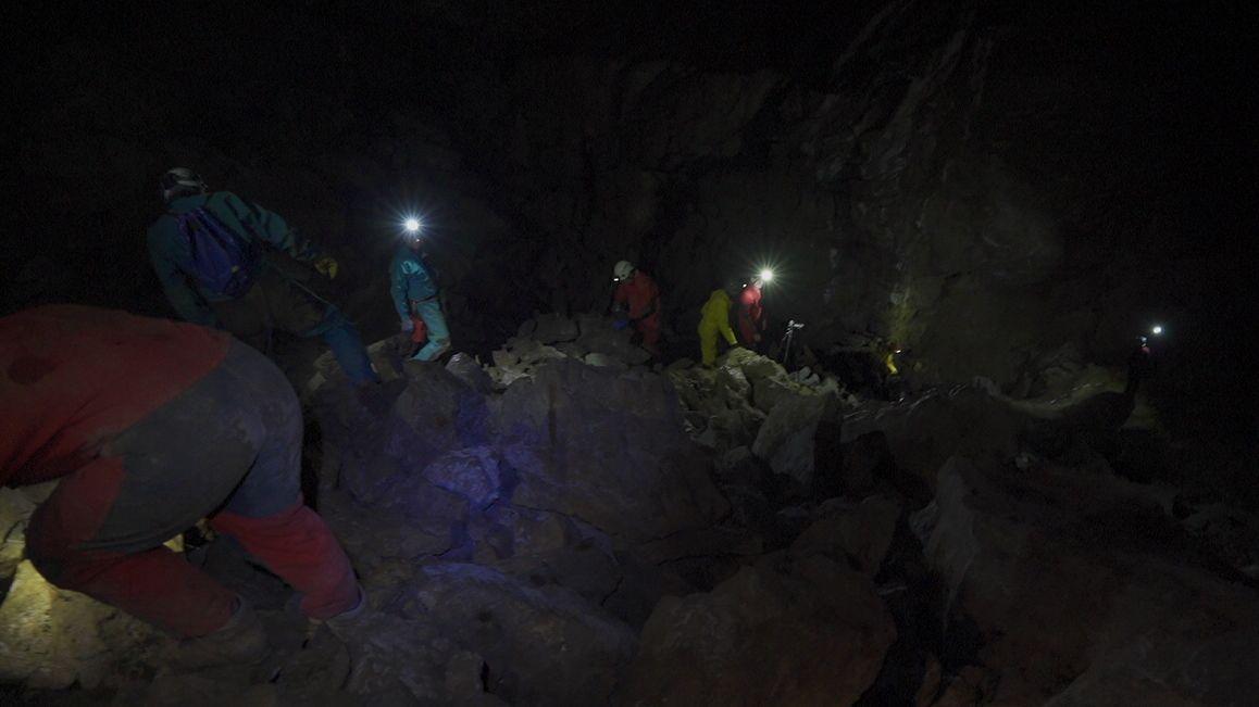 Höhlenforscher im Gamsbockloch
