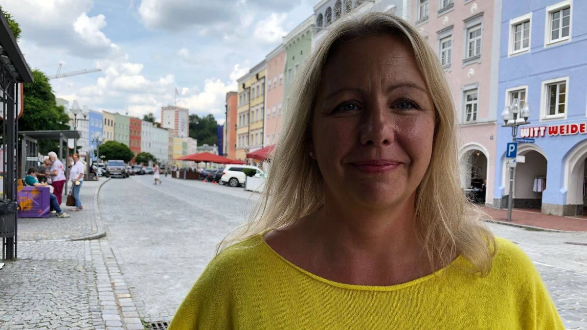 Freut sich über den Ticker: Andrea Streiter, Geschäftsleiterin Tourismusverband Inn-Salzach