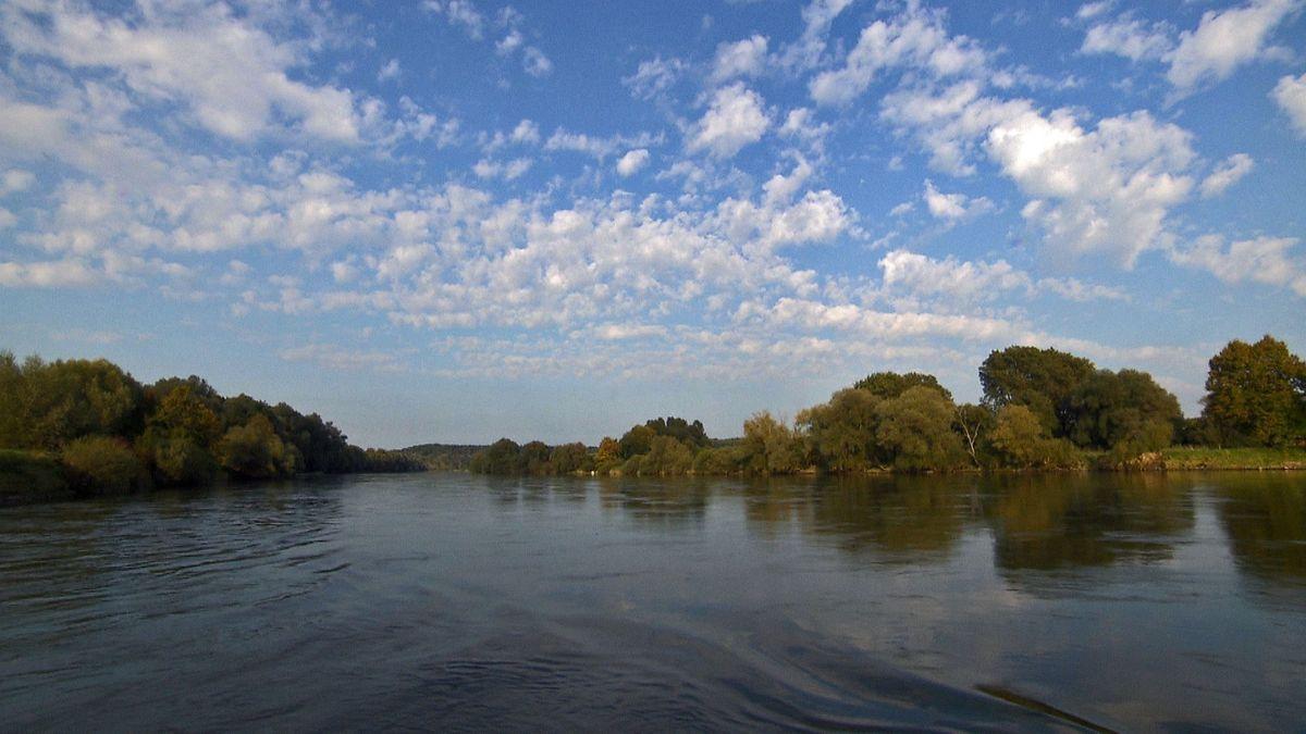 Symbolbild freifließende Donau