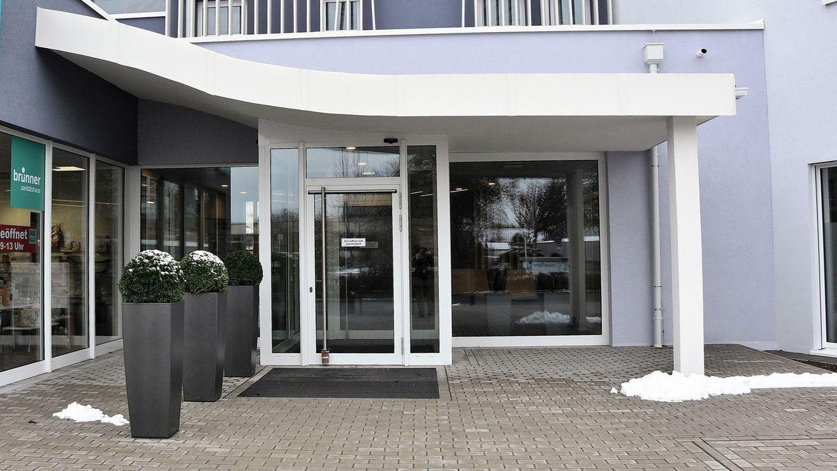 Eingang des medizinischen Versorgungszentrums in Bad Königshofen