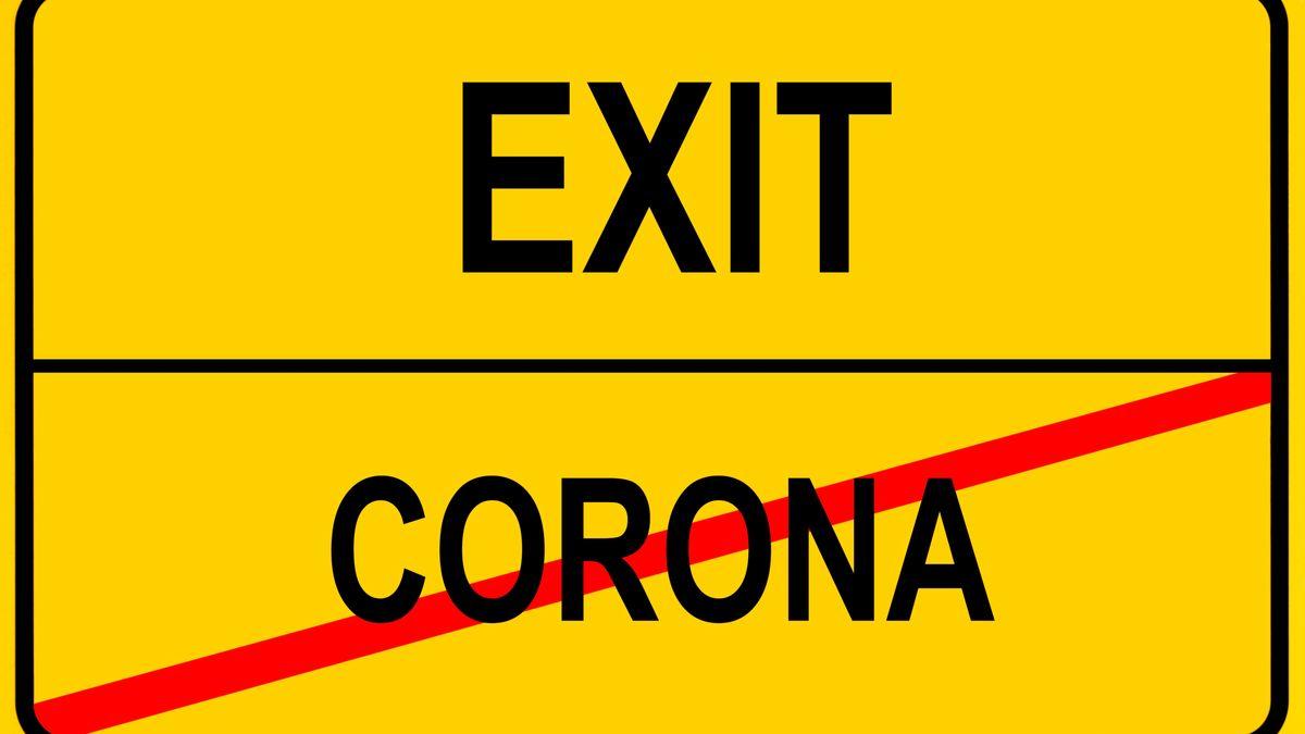 """Symbolbild zu """"Null Covid"""": Ortsschild mit durchgestrichen """"Corona"""" und als nächsten Ort: Exit."""
