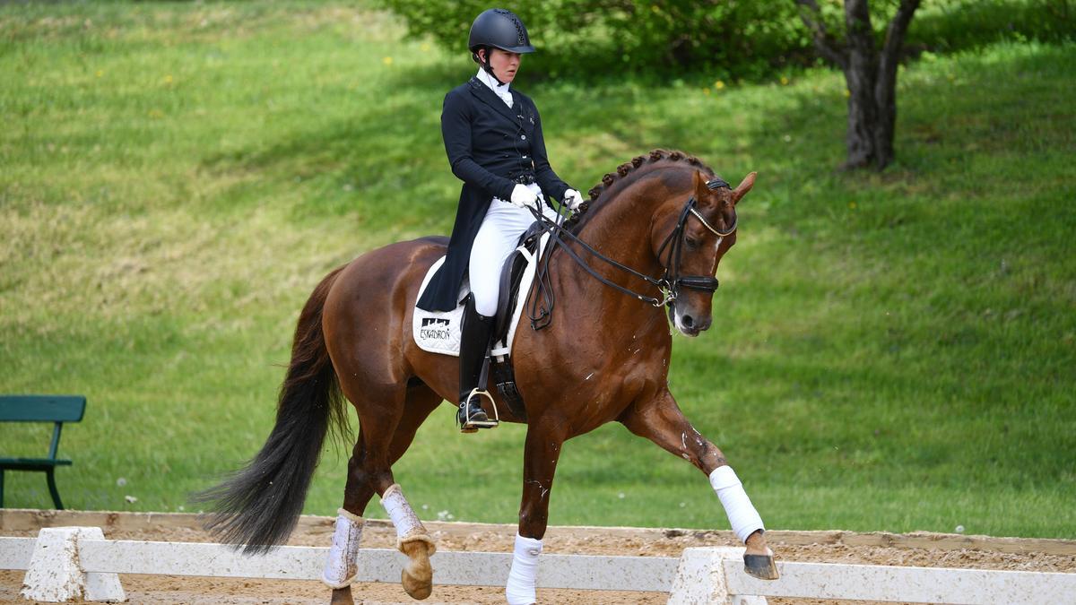 Lisa Müller auf ihrem neuen Pferd D'avie