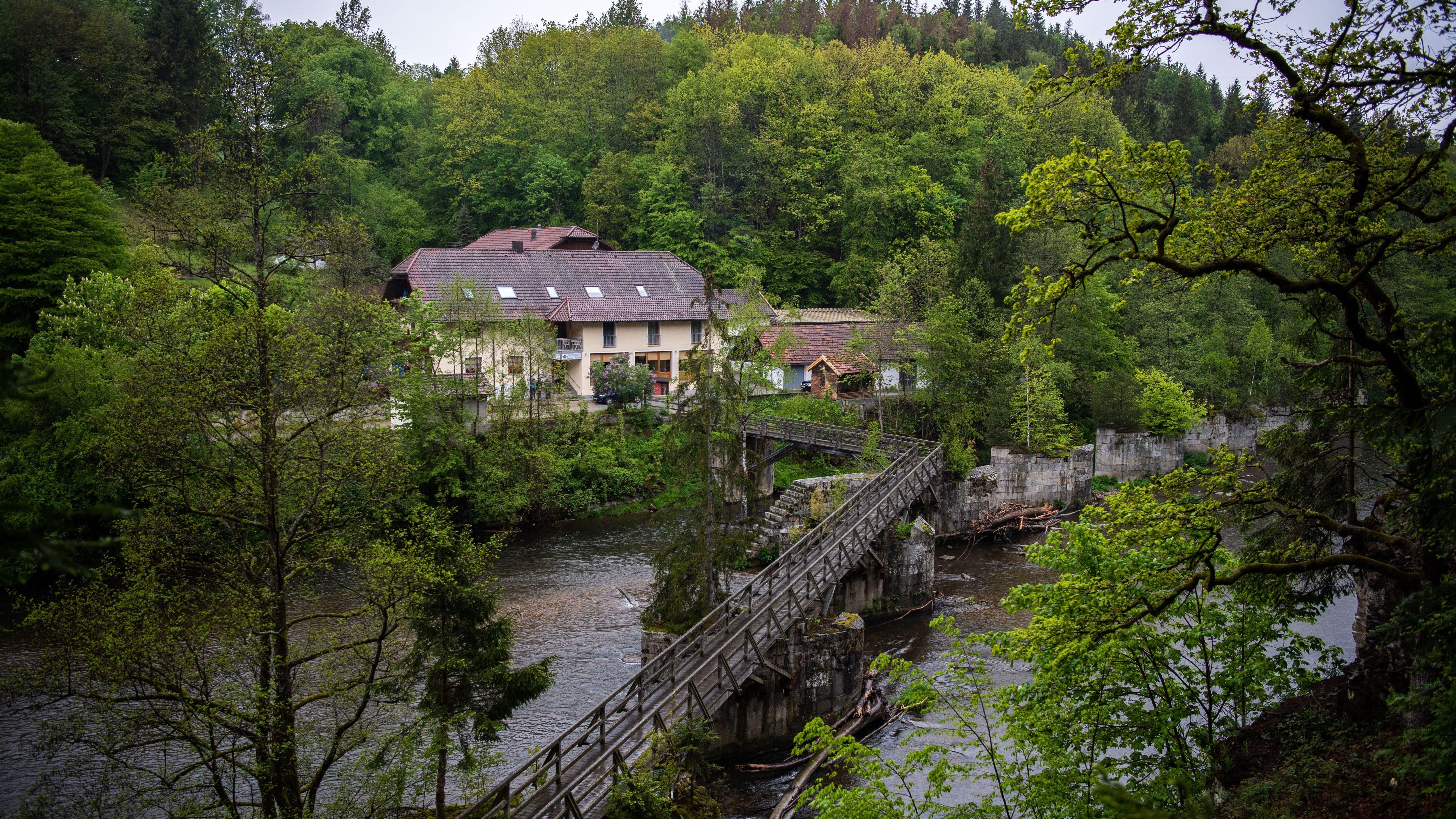 Tötung auf Verlangen bzw. Suizid - drei Leichen in Passauer Pension