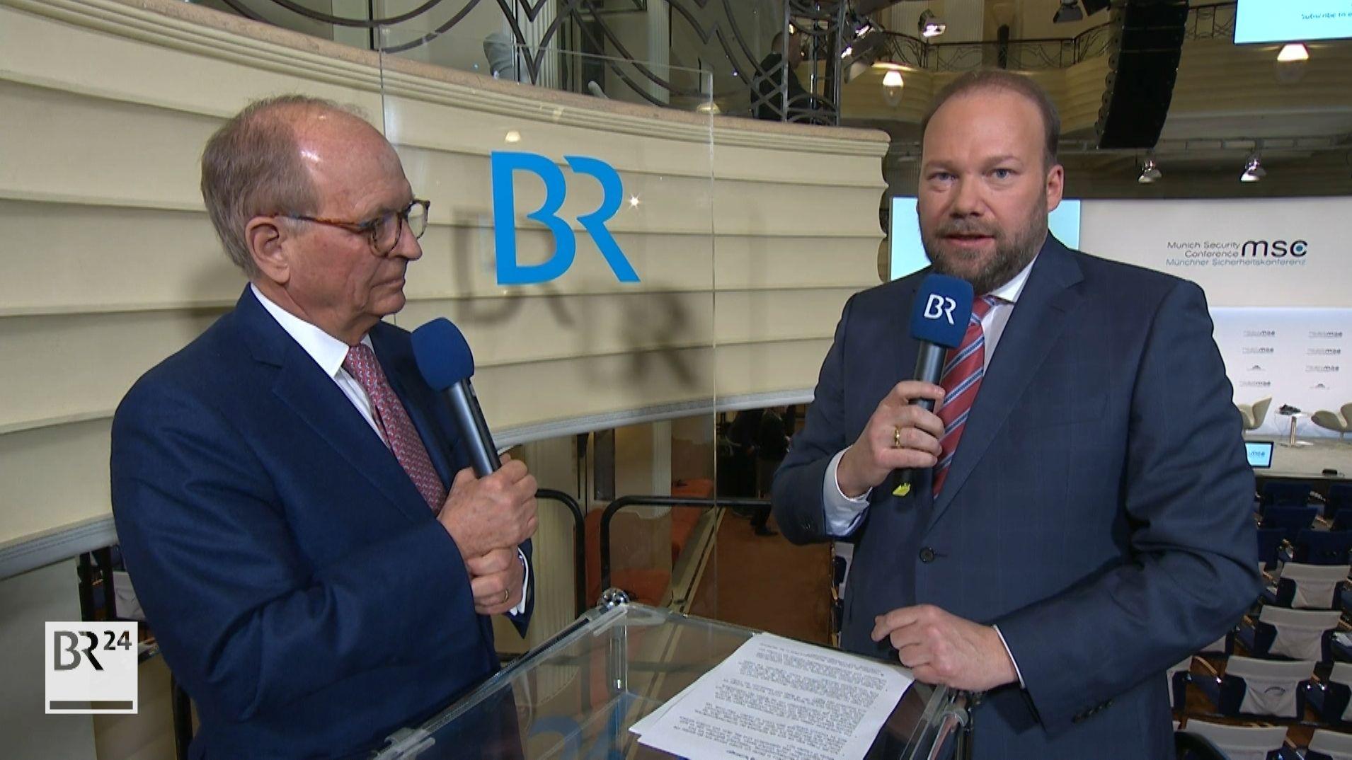 Wolfgang Ischinger, Leiter der Münchner Sicherheitskonferenz (l.) mit Andreas Bachmann