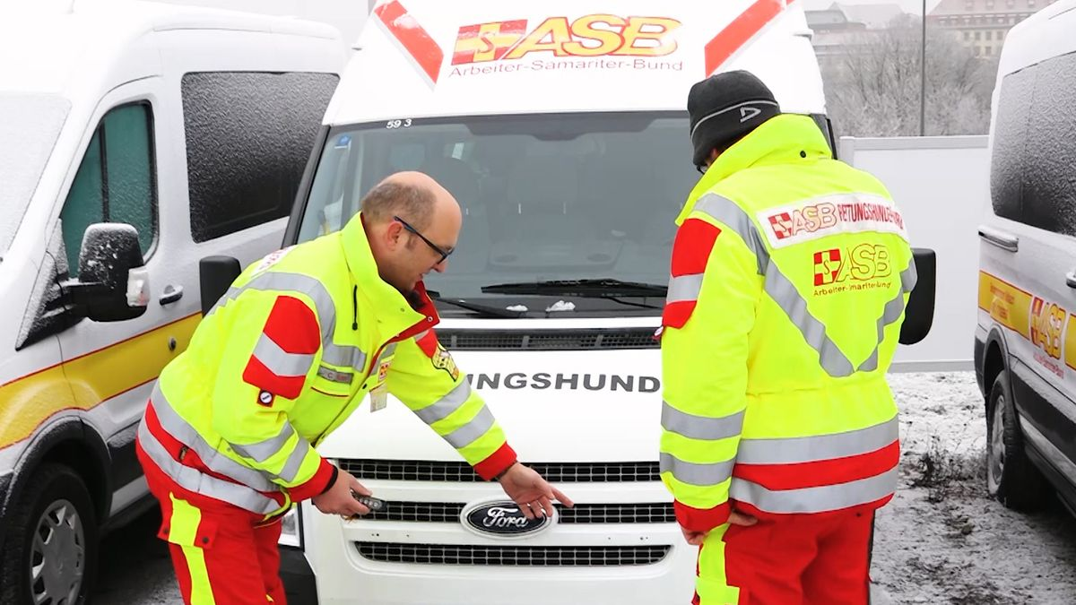 Sponsor ersetzt geklaute Frontblitzer von Einsatzfahrzeug
