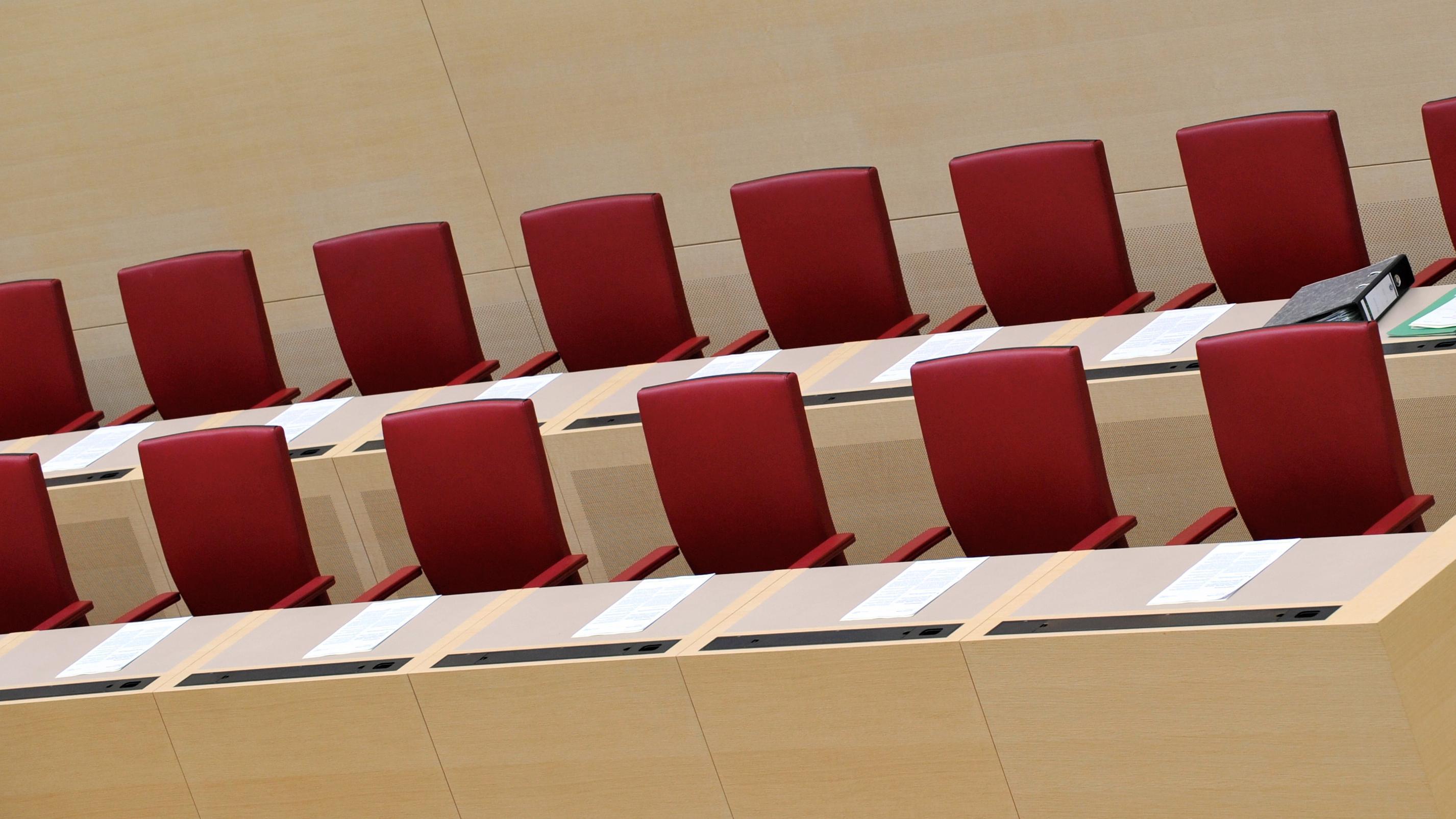 Regierungsbank im Bayerischen Landtag
