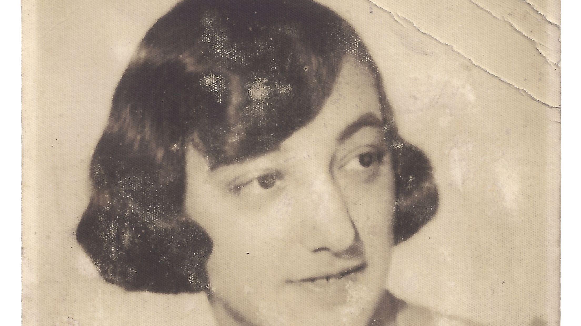 Dina Marx.