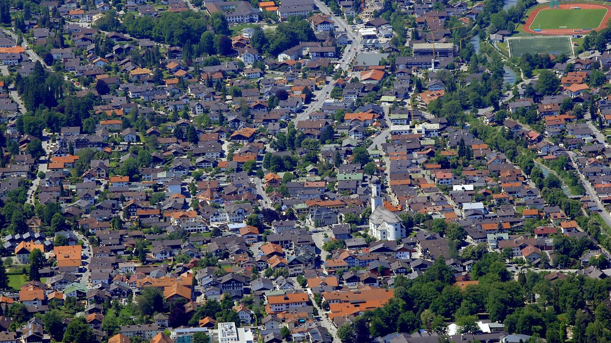 Garmisch-Partenkirchen aus der Luft