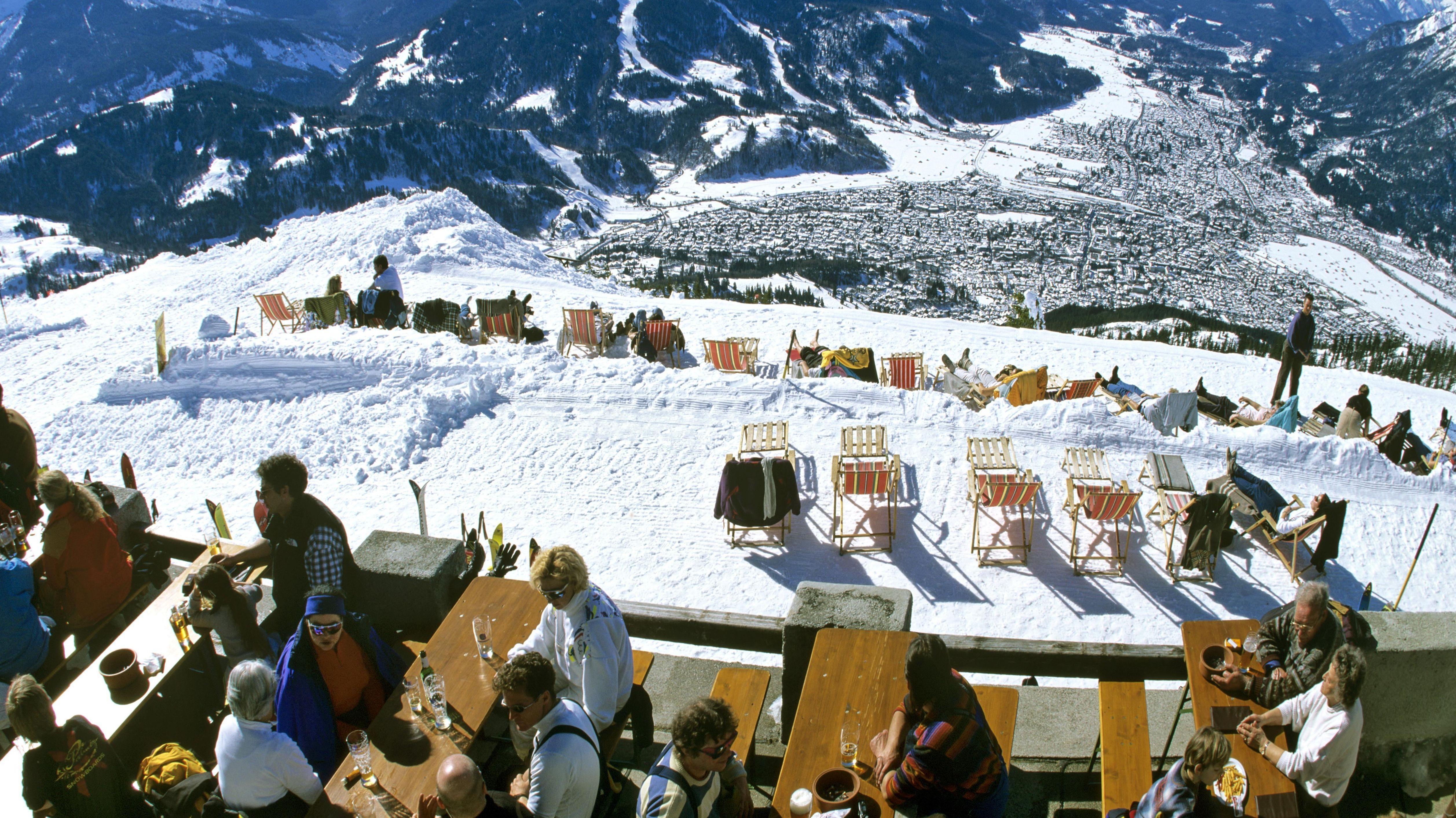 Garmisch-Partenkirchen mit Wettersteingebirge