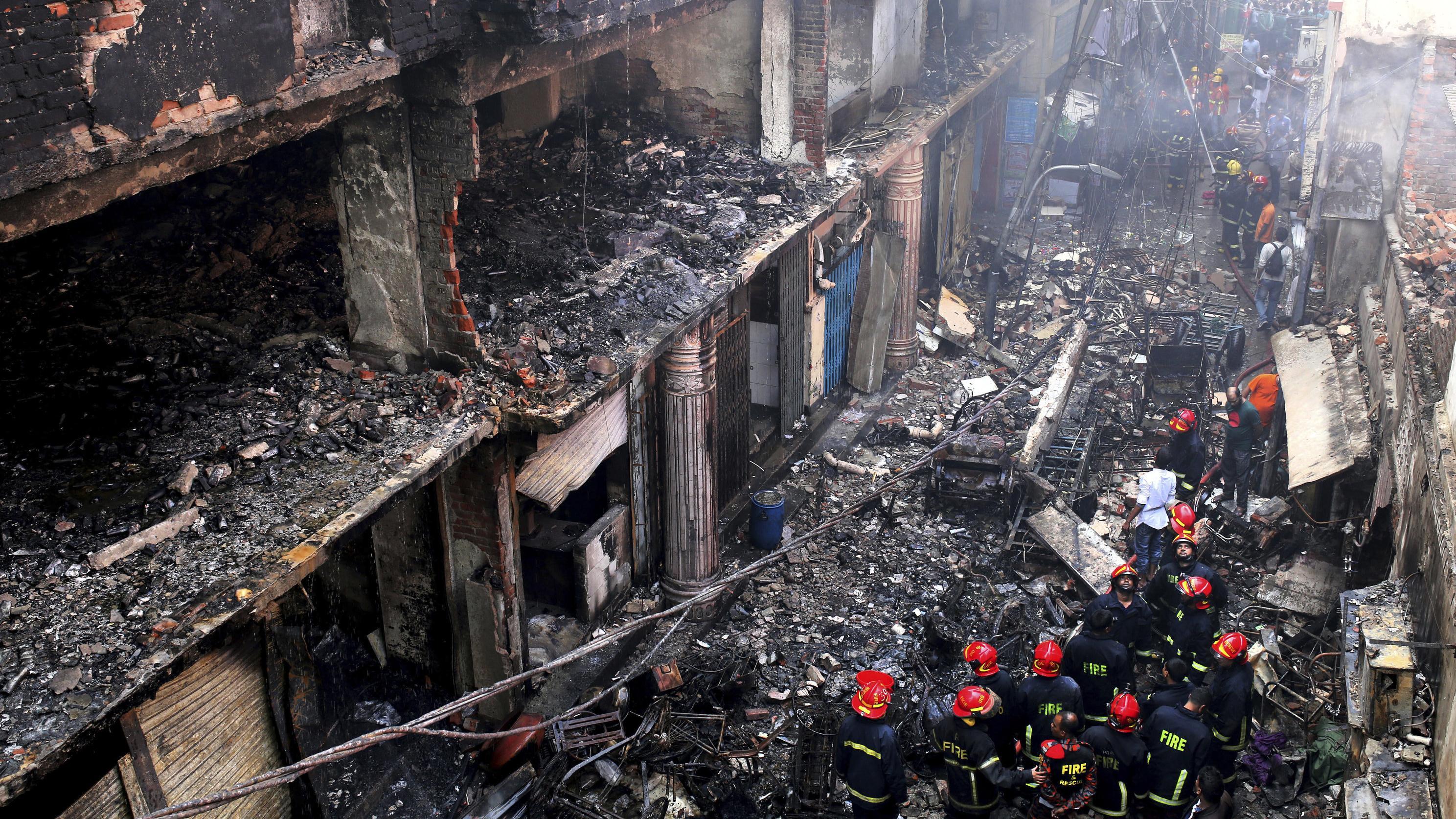 Nach dem Großbrand in Dhaka