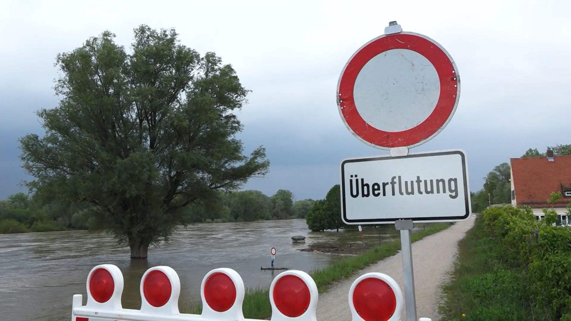 Die Hochwasserlage in Bayern entspannt sich weiter.