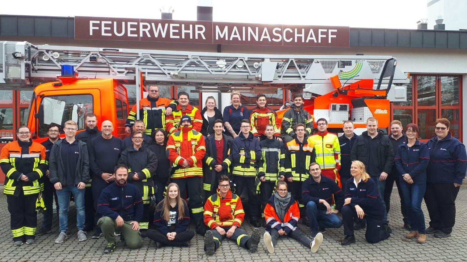 Teilnehmer der Ausbildung zum Einsatz- und Feuerwehrsanitäter im Landkreis Aschaffenburg