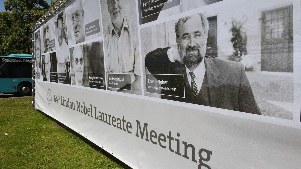 Jeden Sommer treffen sich in die Lindau die Träger*innen des Nobelpreises - dieses Jahr geht das nur virtuell.