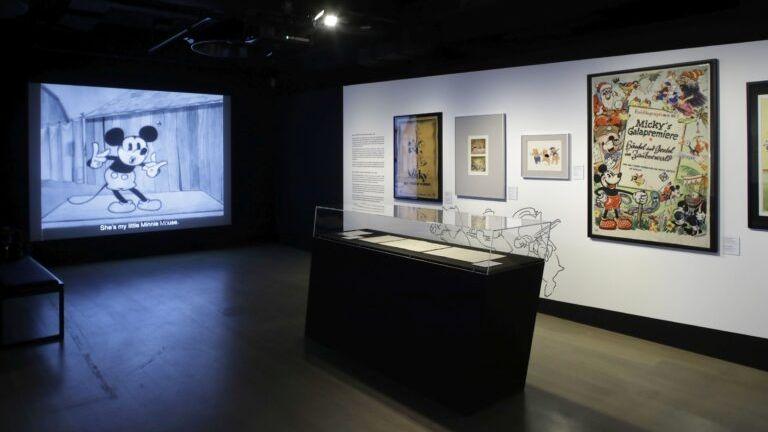 Ein Raum der Ausstellung im DFF in Frankfurt am Main