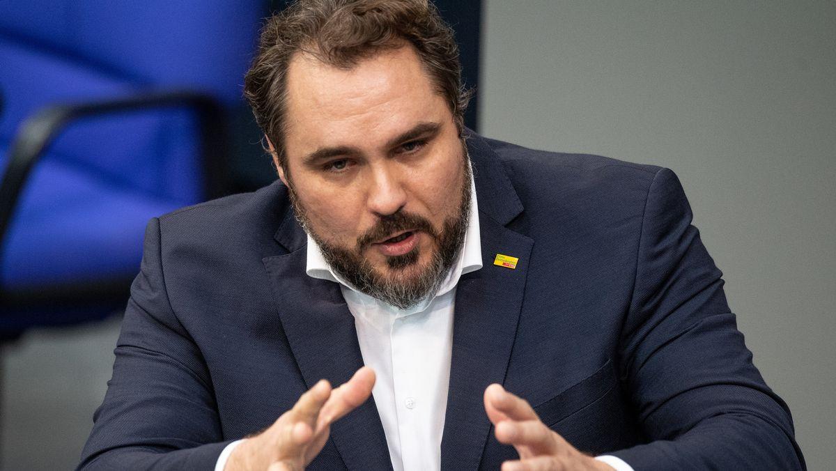Daniel Föst (FDP),  Chef der Bayern-FDP, spricht während einer Sitzung des Bundestages in Berlin.