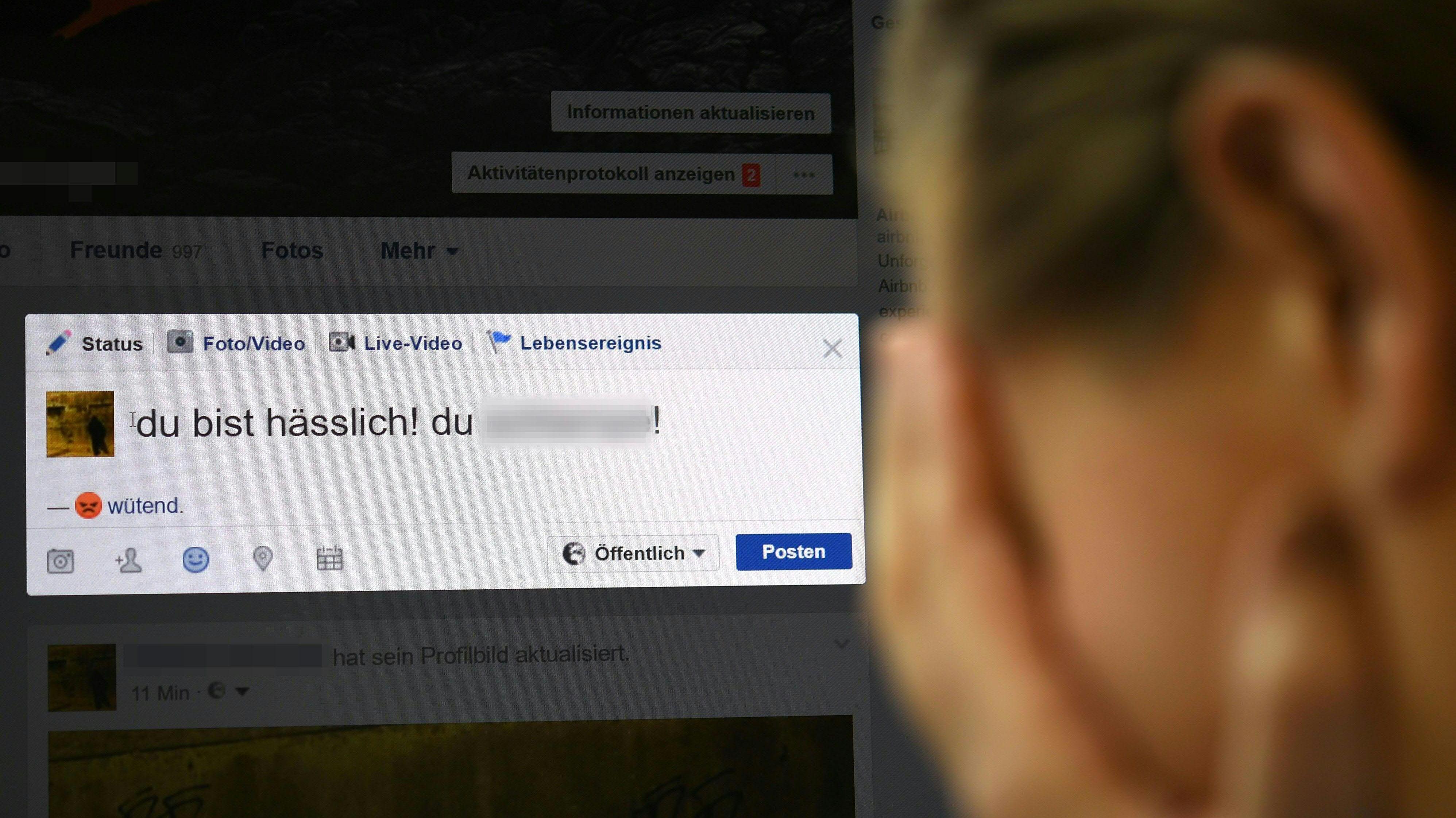 Symbolbild: Hass im Internet gegenüber Frauen.
