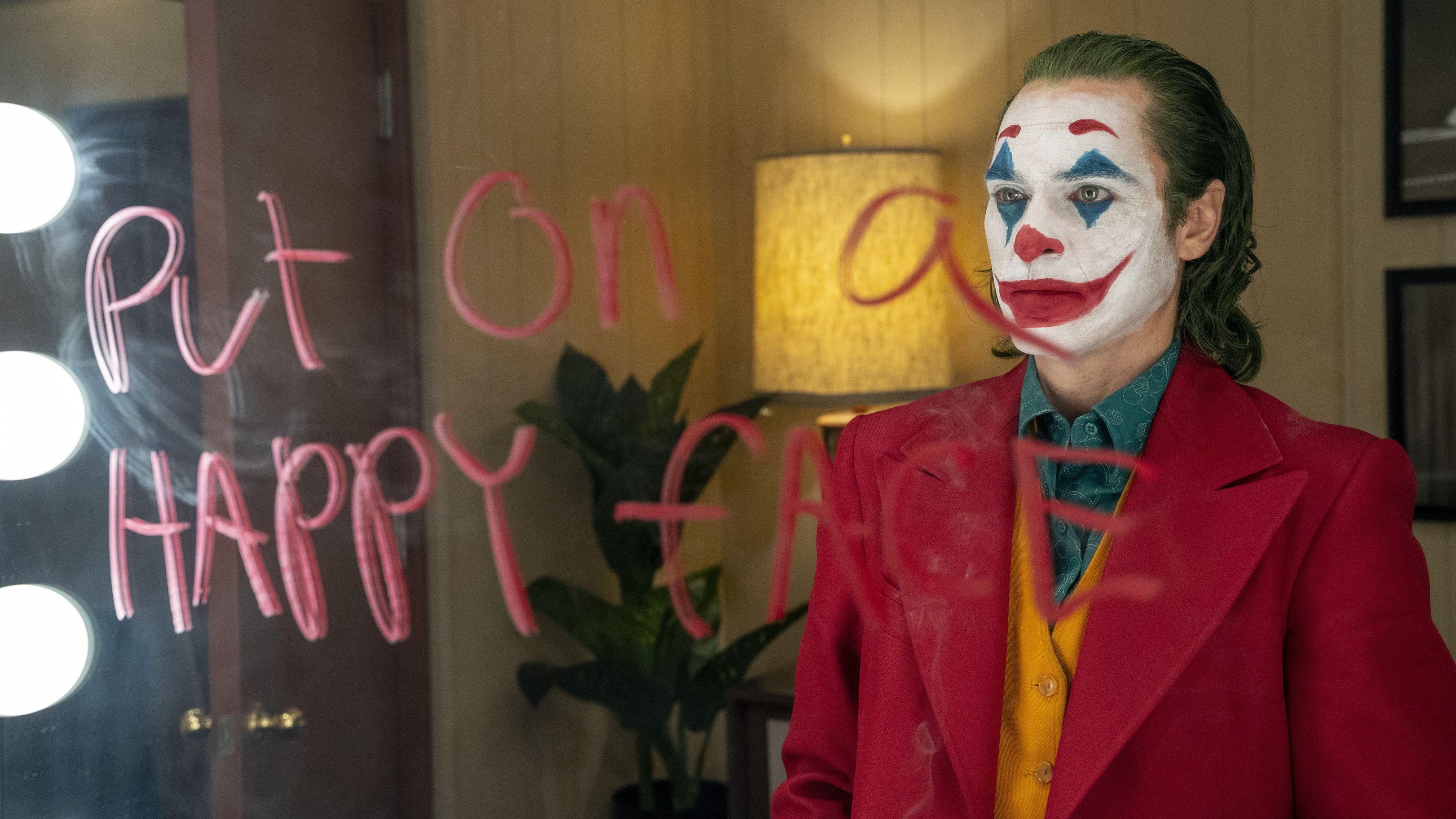 Joaquin Phoenix als Joker kann sich über irre Einspielergebnisse an den Kinokassen freuen.