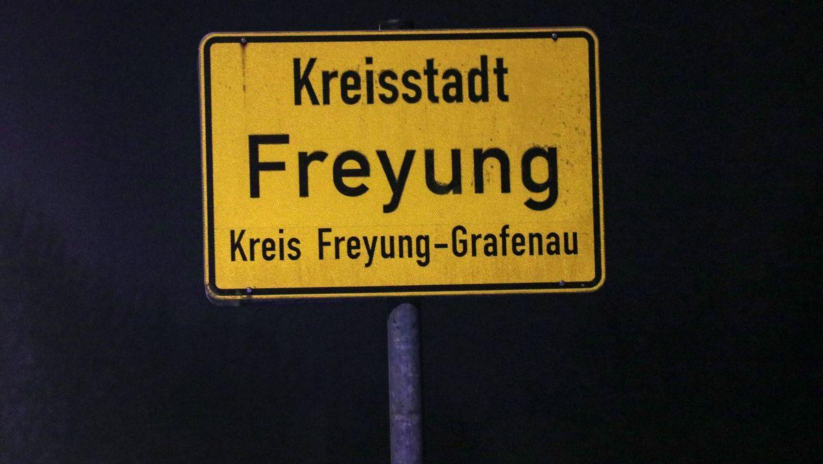 Ortsschild von Freyung